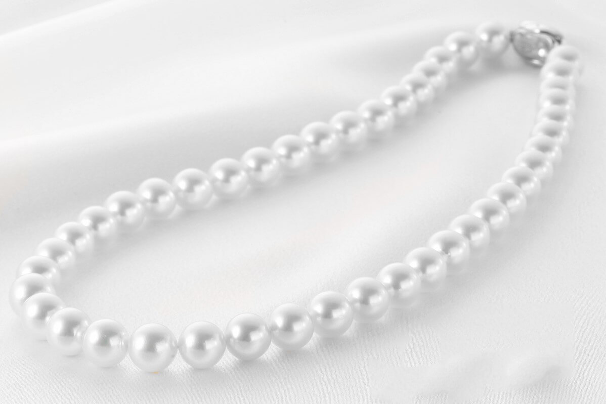 Ako spoznať pravé perly a prečo majú rozdielne farby?